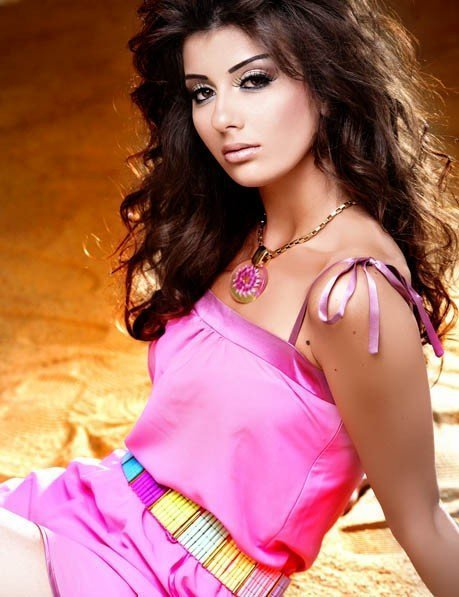 miss egypt universe photos