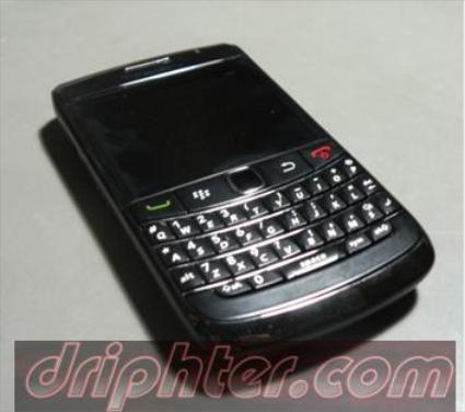 blackberry 9780 wallpaper. wallpaper blackberry 9780.