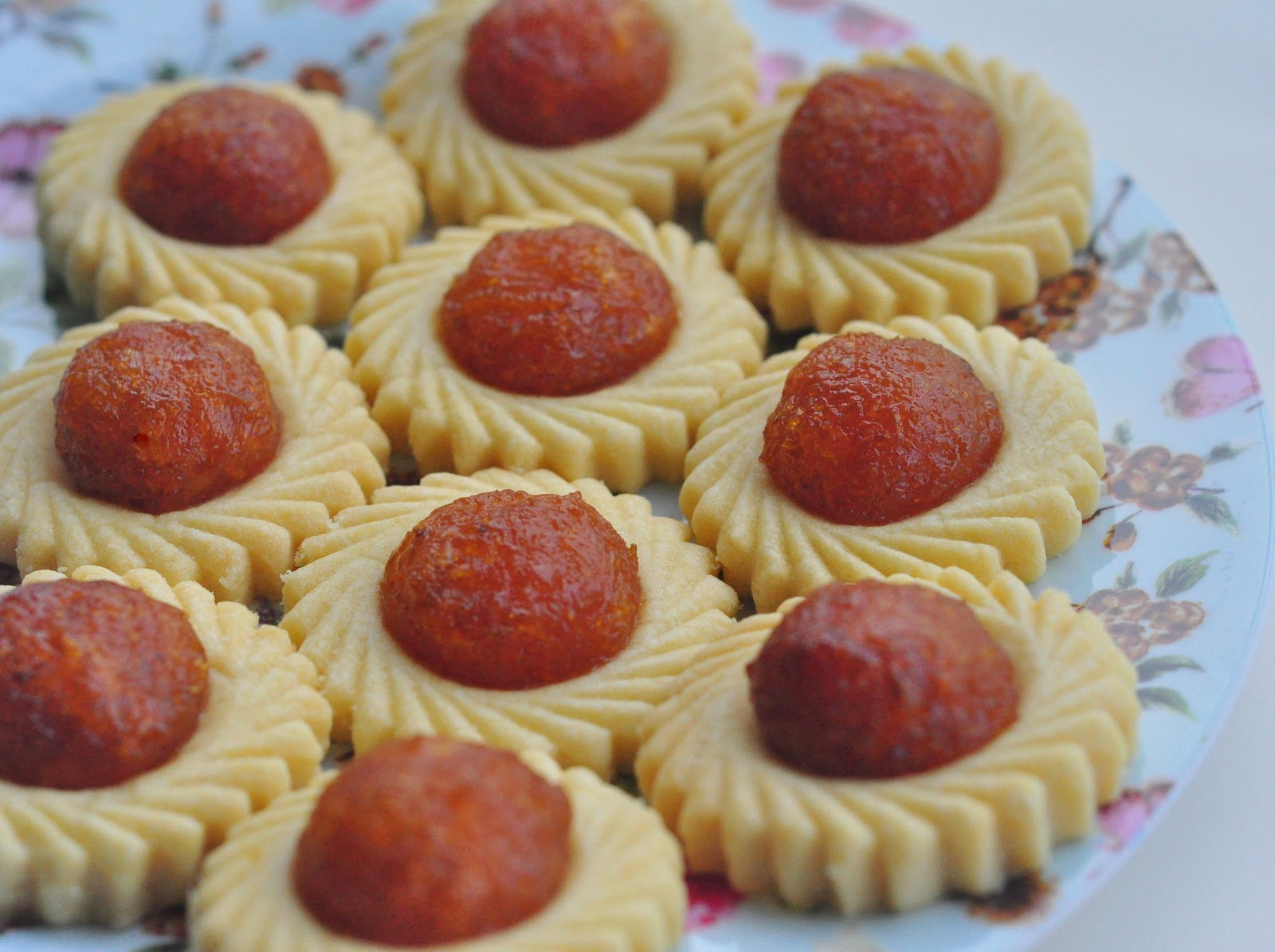 ... spoonful of sugah: Chinese New Year Pineapple Tarts Recipe (Open-face