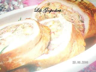 Articole culinare : Piept de curcan umplut cu alune
