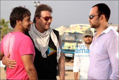 Ajay Devgan & Sanjay Dutt promote All The Best photos