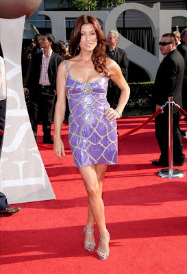 Kate Walsh in a Stunning Blue Dress images
