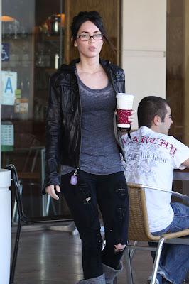 Megan Fox Look Very Hot In Coffee Shop photos,Megan Fox Look Very Hot In Coffee Shop pictures, Megan Fox Look Very Hot In Coffee Shop images, Megan Fox Look Very Hot In Coffee Shop photoshoot.Megan Fox Look Very Hot