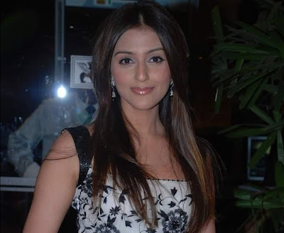 Aarti Chhabria New Hot Wallpapers, Aarti Chhabria New Hot pictures, Aarti Chhabria New Hot photoshoot, Aarti Chhabria New Hot images, Aarti Chhabria in sexy dress, Aarti Chhabria New Hot Wallpaper and photos, Aarti Chhabria