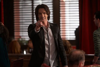 Californication season 3 episode 11 S03E11 Comings Goings photos