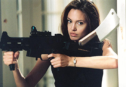 [hit-mr_and_mrs_smith_11-431x300.jpg]