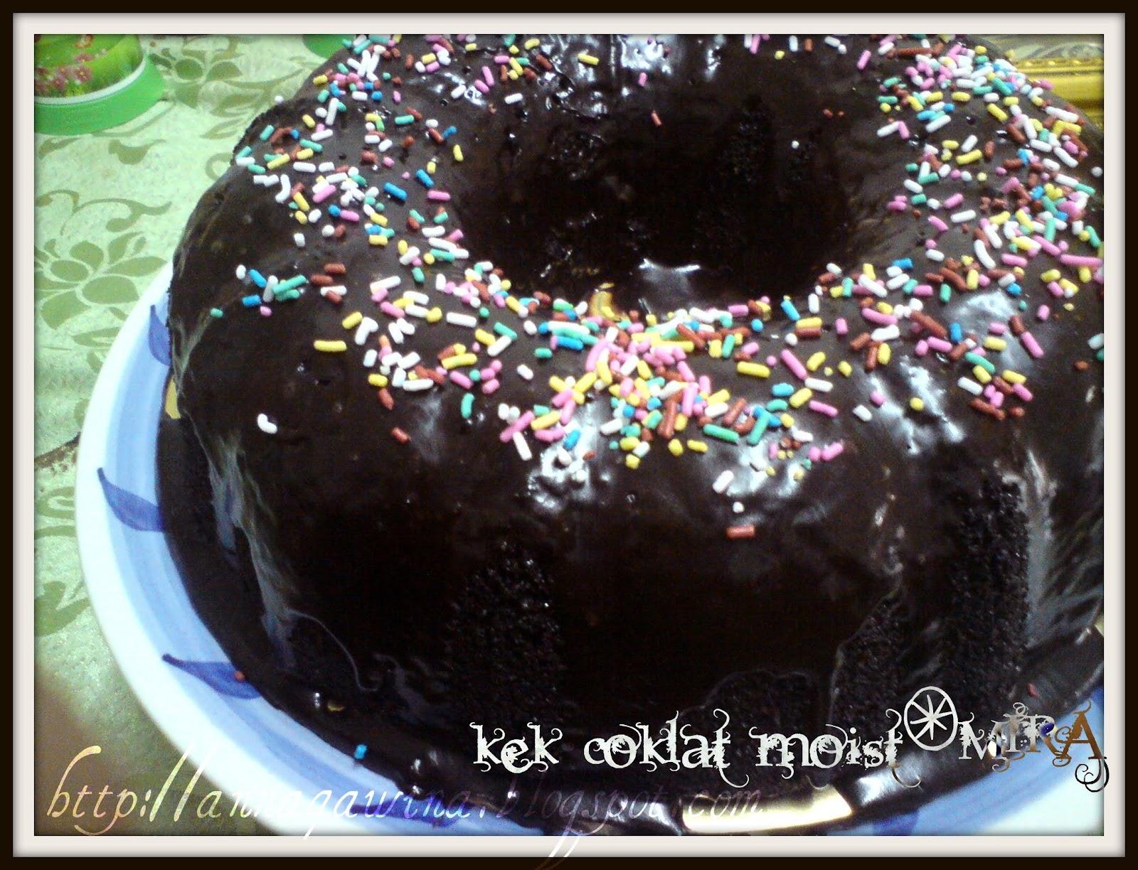 Resepi Kek Coklat Moist Dan Cara Buat Topping Kek