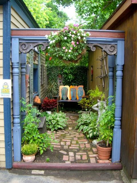gardens ideas courtyards gardens secret gardens little