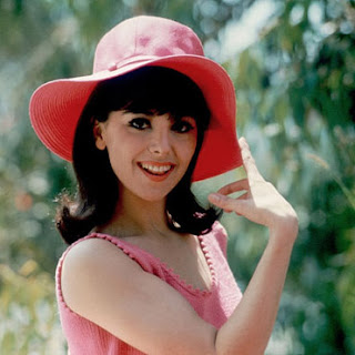 Marlo Thomas, Beautiful Belles