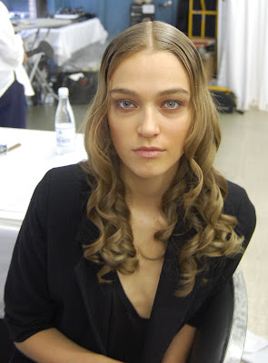 fashion week, New York Fashion Week, Mercedes-Benz Fashion Week, Reem Acra, Reem Acra Spring 2010, Bumble and bumble, Laurent Phillippon, hairstylist, backstage beauty, Maxine Leonard, Temptu, makeup artist