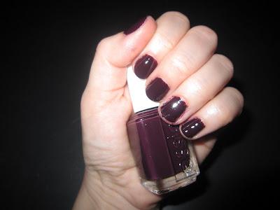 Essie, Essie nail polish, Essie Fall 2010 Collection, Essie Velvet Voyeur, nail, nails, nail polish, polish, lacquer, nail lacquer, mani, manicure