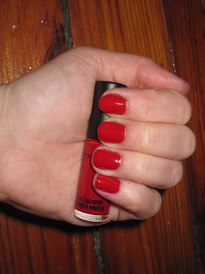 M.A.C, MAC, M.A.C Cosmetics, MAC Cosmetics, M.A.C A Tartan Tale, M.A.C Holiday 2010 Collection, M.A.C A Tartan Tale Naughty Little Vices Nail Lacquer Set, M.A.C Nail Lacquer, M.A.C Asiatique, M.A.C Asiatique Nail Lacquer, M.A.C nail polish, nail, nails, nail polish, polish, lacquer, nail lacquer, M.A.C gift set, M.A.C A Tartan Tale gift set
