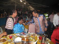 ILTC President chatting with YB Dato Seri Anwar Ibrahim