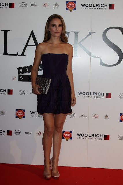 Actress+Natalie+Portman+attends+the+Black+Swan+Arrivals+at+Style+Star+Lounge+during+the+67th+Venice+Film+Festival