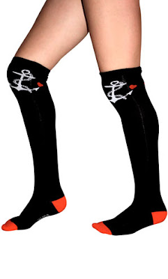 socks with anchor design