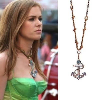 Betsey Johnson anchor necklace in Confessions of a Shopaholic