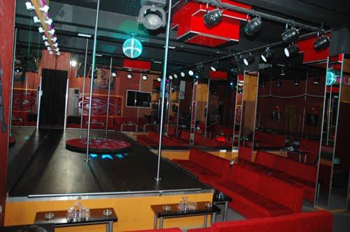 Club - Event - Show: The New Diamond Caligula Club