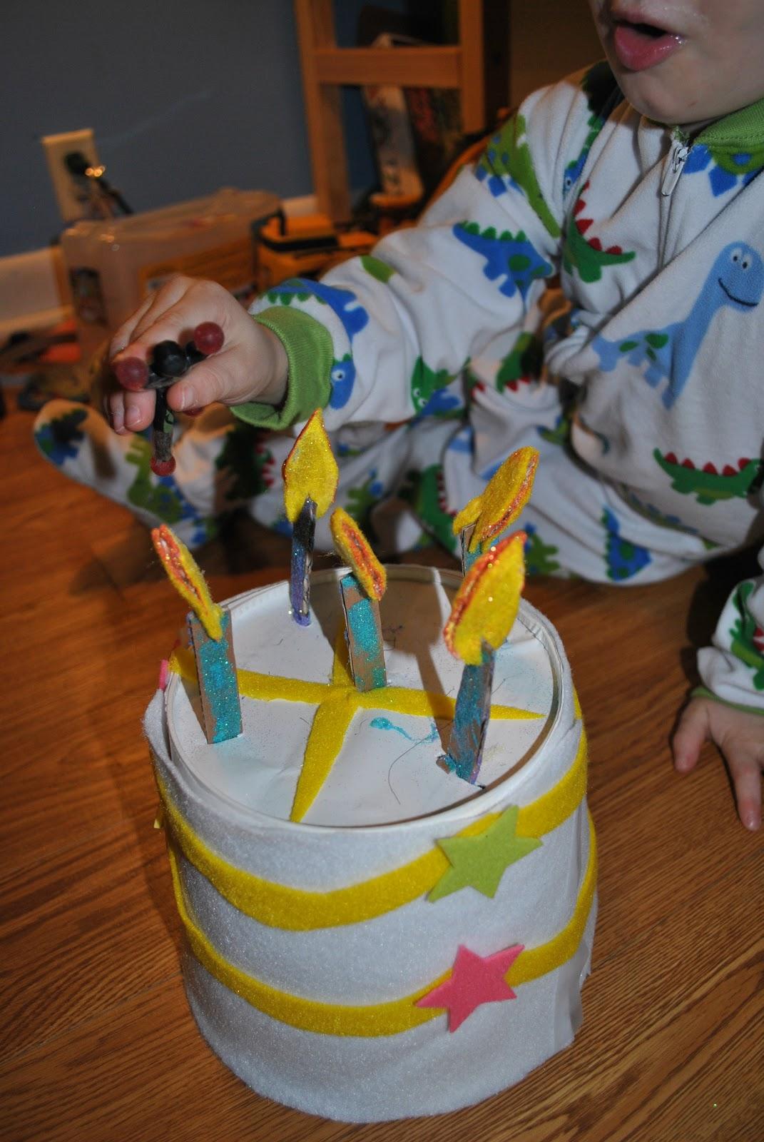 Happy Crafty Kids Pretend Play Birthday Cake