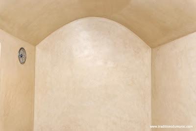 Chic provence tadelakt hard as stone and soft as silk - Tadelakt salle de bain ...