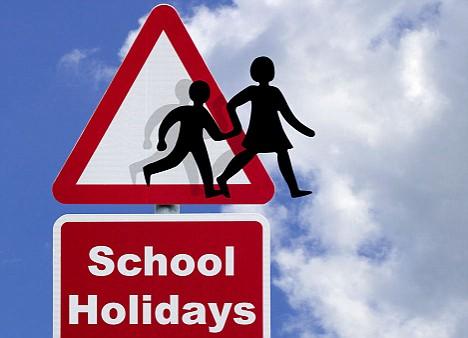 http://2.bp.blogspot.com/_BJrHTvG0GnE/TCSib3zg5VI/AAAAAAAAADM/VxJa0cZawiU/s1600/libur+sekolah.jpg