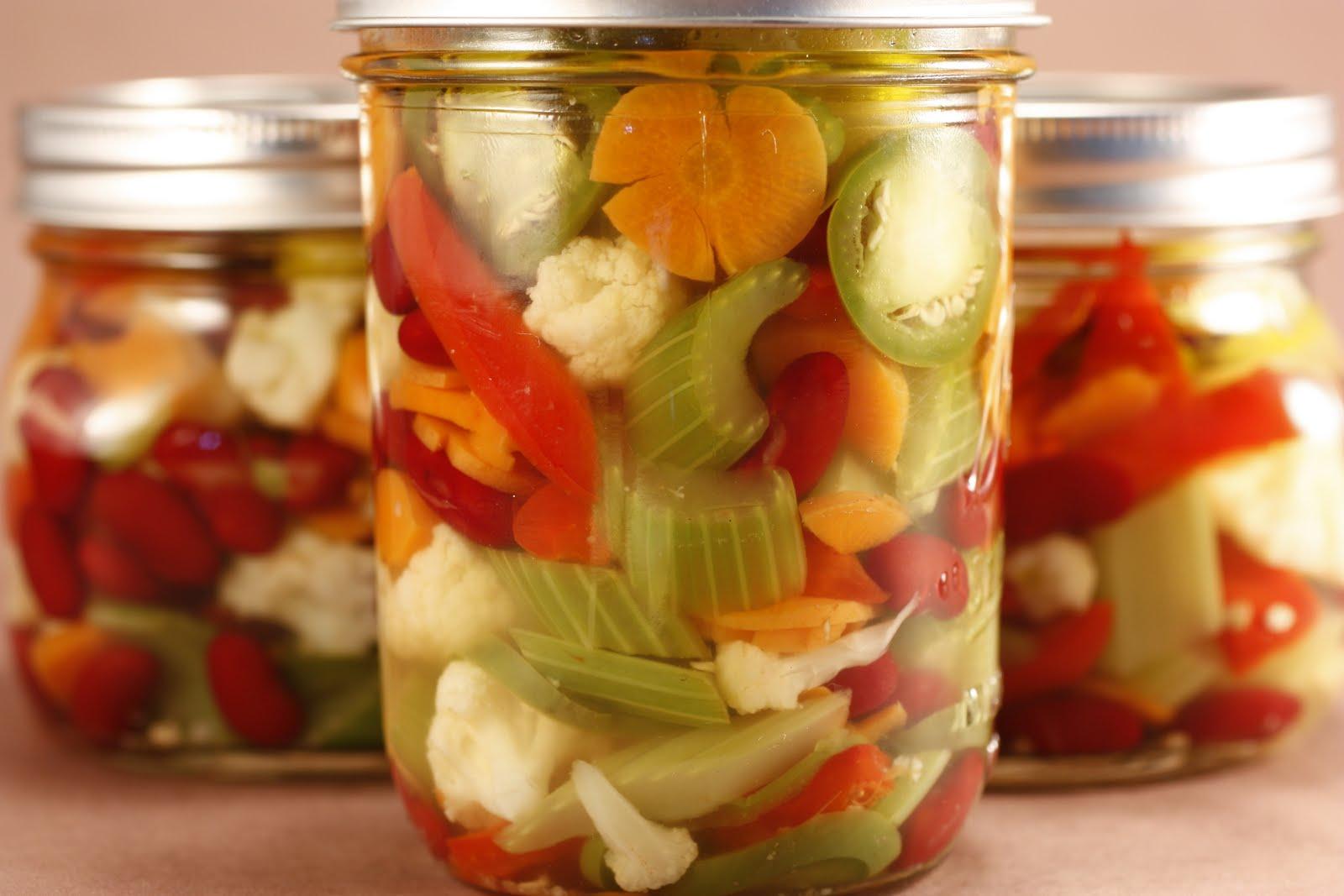 Консервированное маринованное на зиму овощное ассорти рецепты