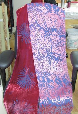 Janine Maves devore scarves