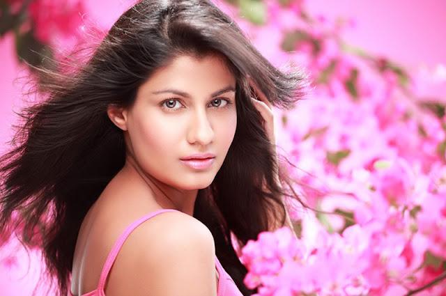 sreya danwavtri photo gallery