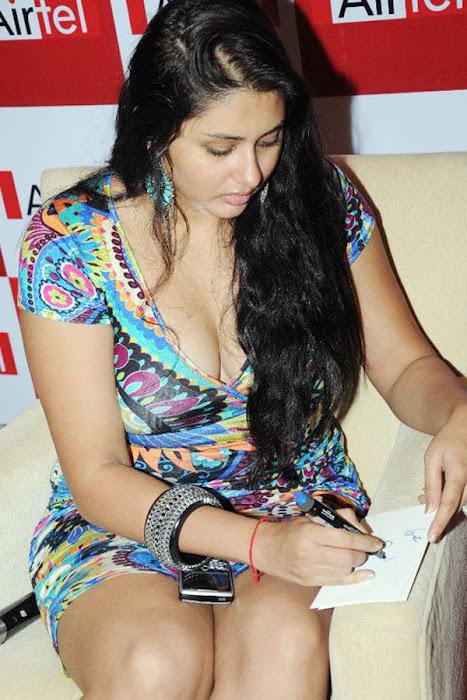 namitha hot photoshoot
