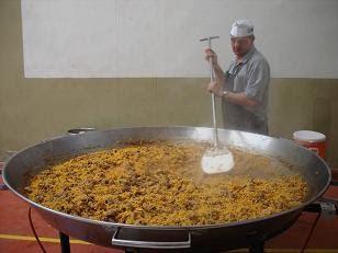 Comida Popular en Uncastillo, puesta del Mayo 2010