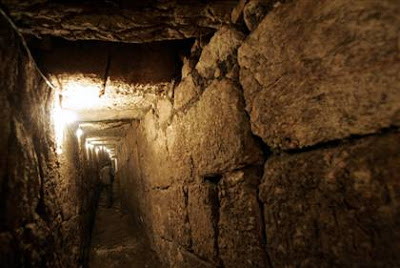 Jerusalem tunnel from 70 CE