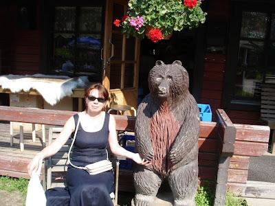И поздороваться с медведем