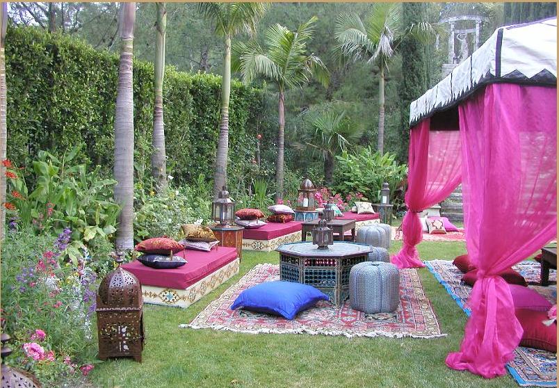 Shoestring pavilion november 2009 for Moroccan style garden ideas