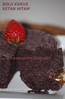 PAWONIKE - this is my kitchen rules...: Bolu Kukus Ketan Hitam