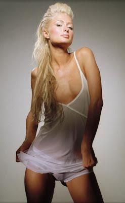 Paris Hilton — LipLezen