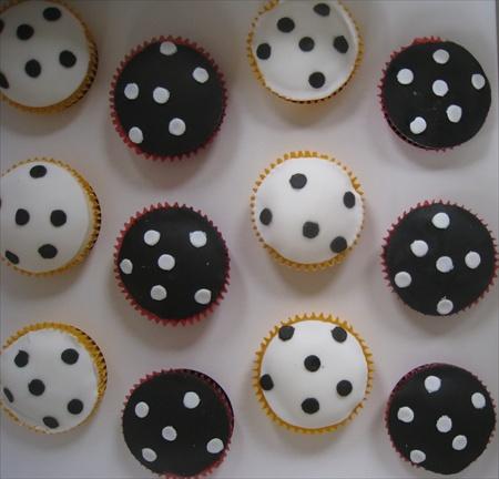 Polkadots Cupcakes