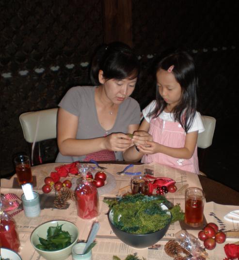 Workshop Bunga Hiasan Natal oleh Sasaki Miyako