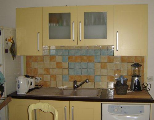 Une maison facile carrelages et sols - Carrelage cuisine murale ...