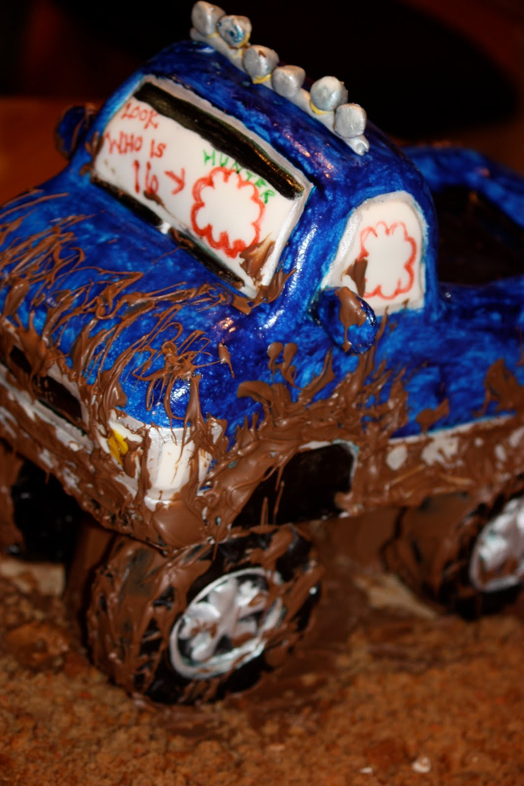 Breezie S Cakes Mudding Truck Cake