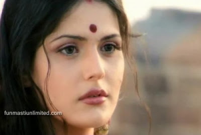 Zarine khan Sweet Girl bollywood Acters