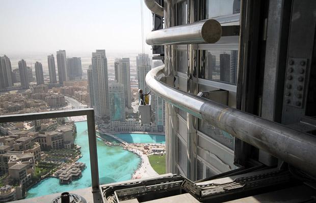 Inside Burj Dubai Skyscraper Burj Khalifa Burj Dubai
