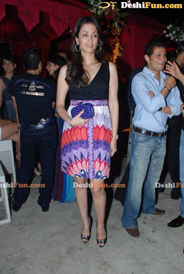 Beautiful Bollywood in New Year Party