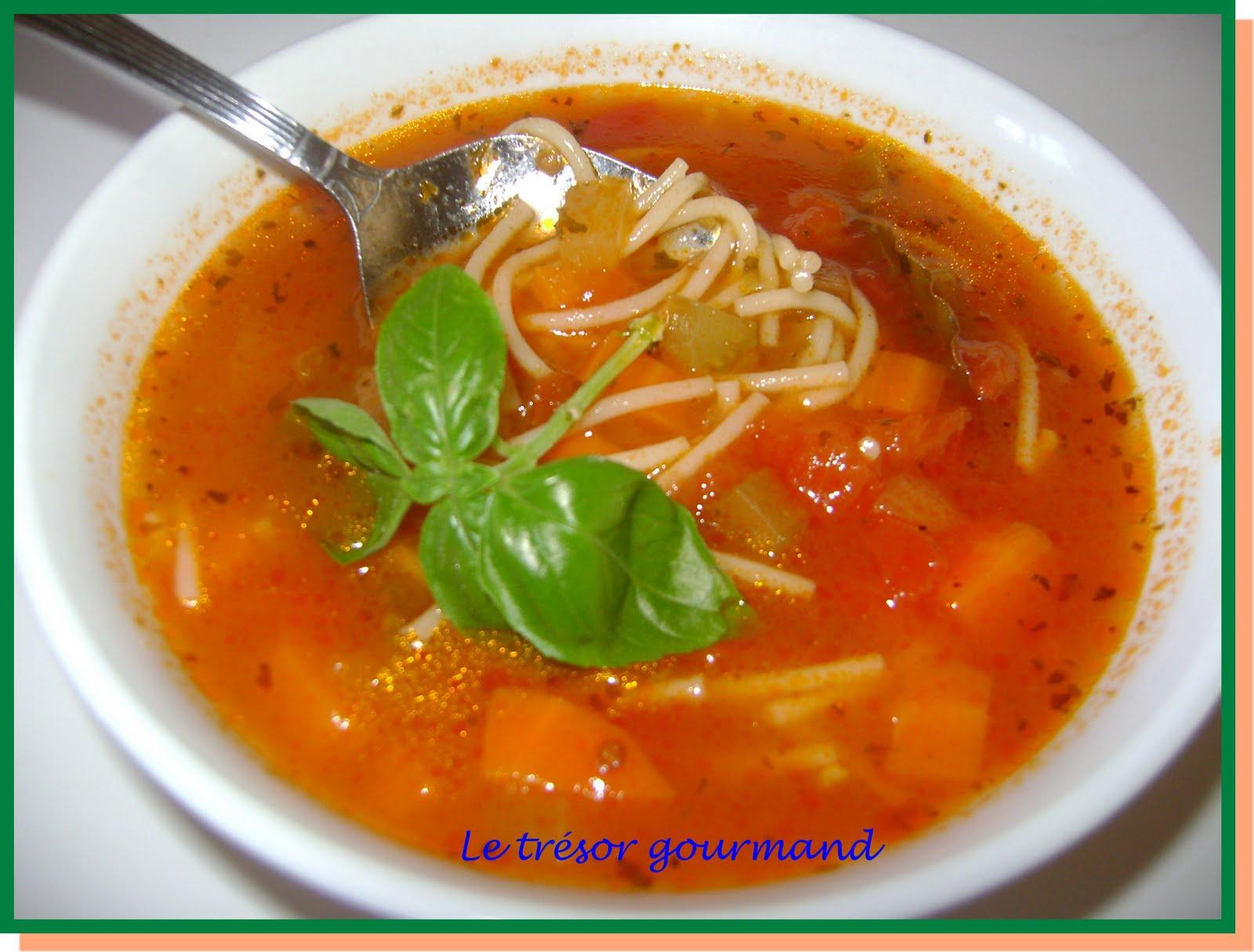 Soupe tomates et vermicelles recette - Soupe de tomate maison ...