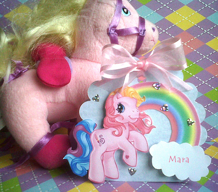 Invitación - souvenir con el motivo de My Little Pony, consiste en ...