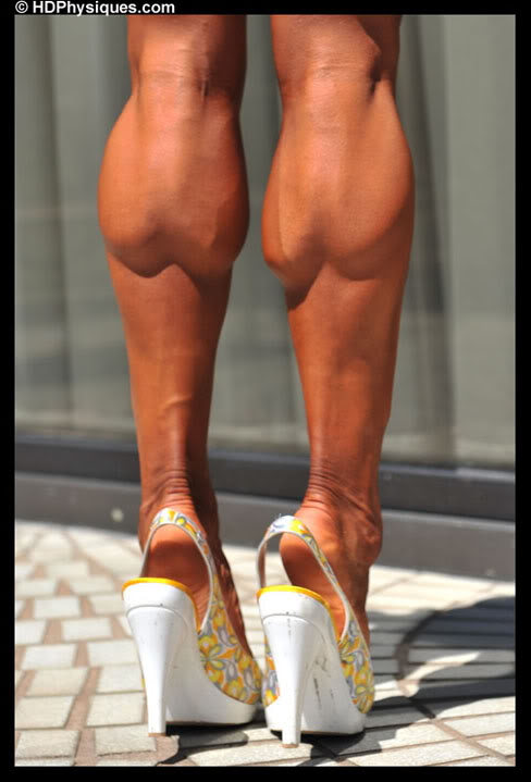 Female Muscle Calves