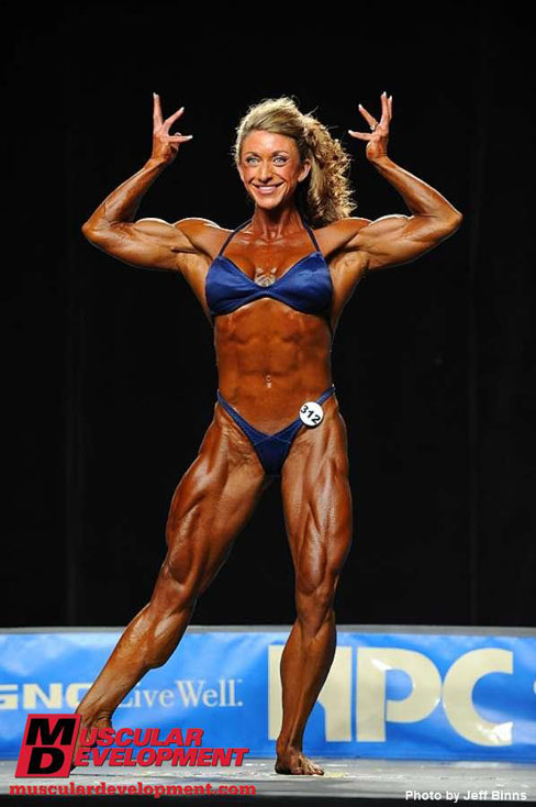 Amber Defrancesco IFBB Pro Female Muscle Bodybuilder 2010 NPC