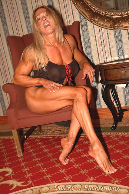 Colette Nelson USA World Smartest Female bodybuilders