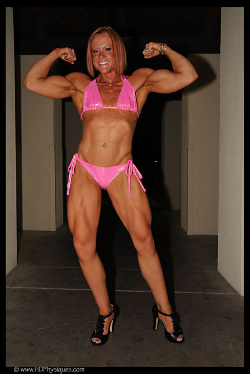 Amanda Folstad - Ptak Female Muscle Bodybuilder HDPhysiques