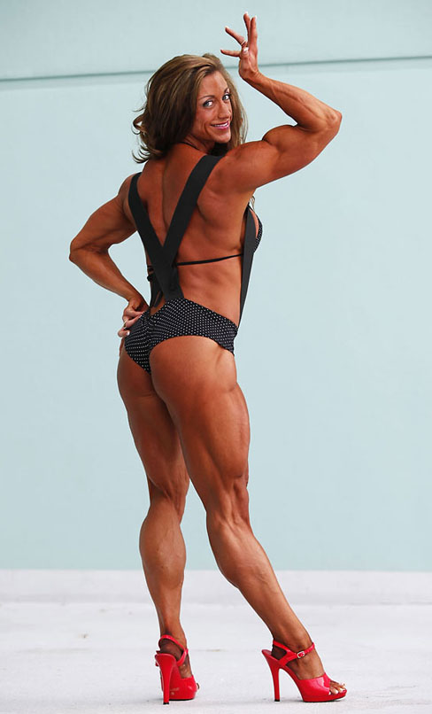 Amber Defrancesco Female Bodybuilder Muscle Legs