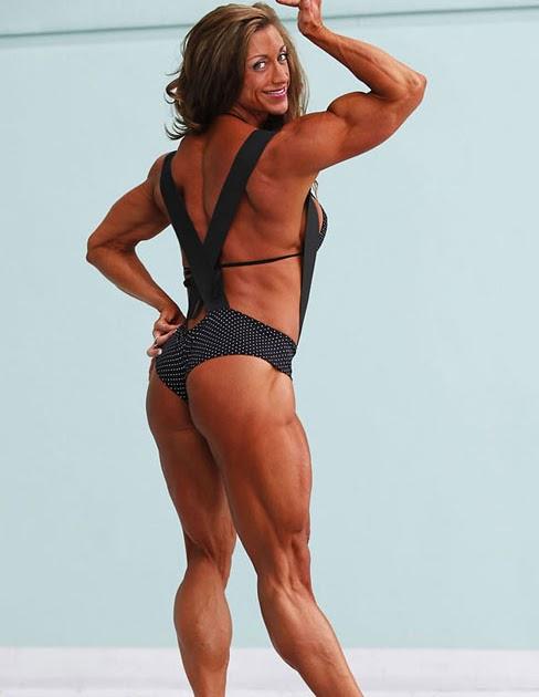 World Wide Body Buider: Amber Defrancesco Posing Her ...