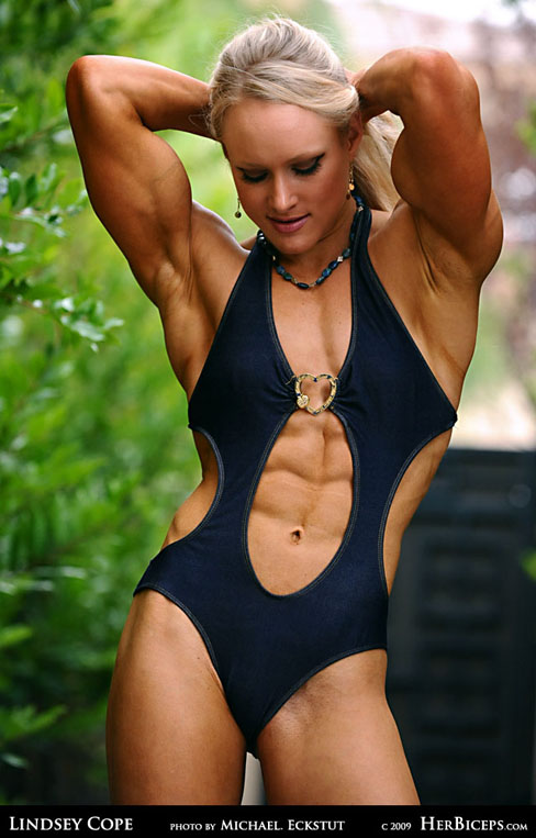 Lindsey Cope Female Muscle Bodybuilding Abs